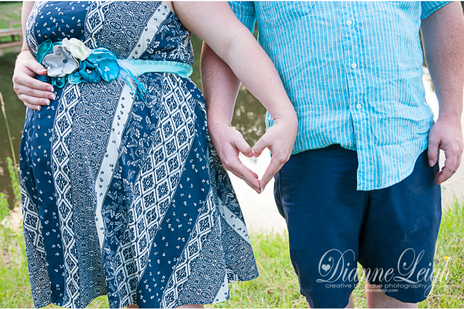 Montgomery Maternity Portraits | Lauren + Shawn