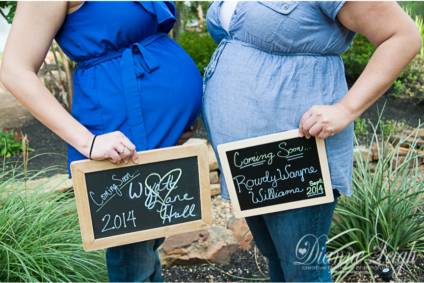 Maternity Photographer| Holiday