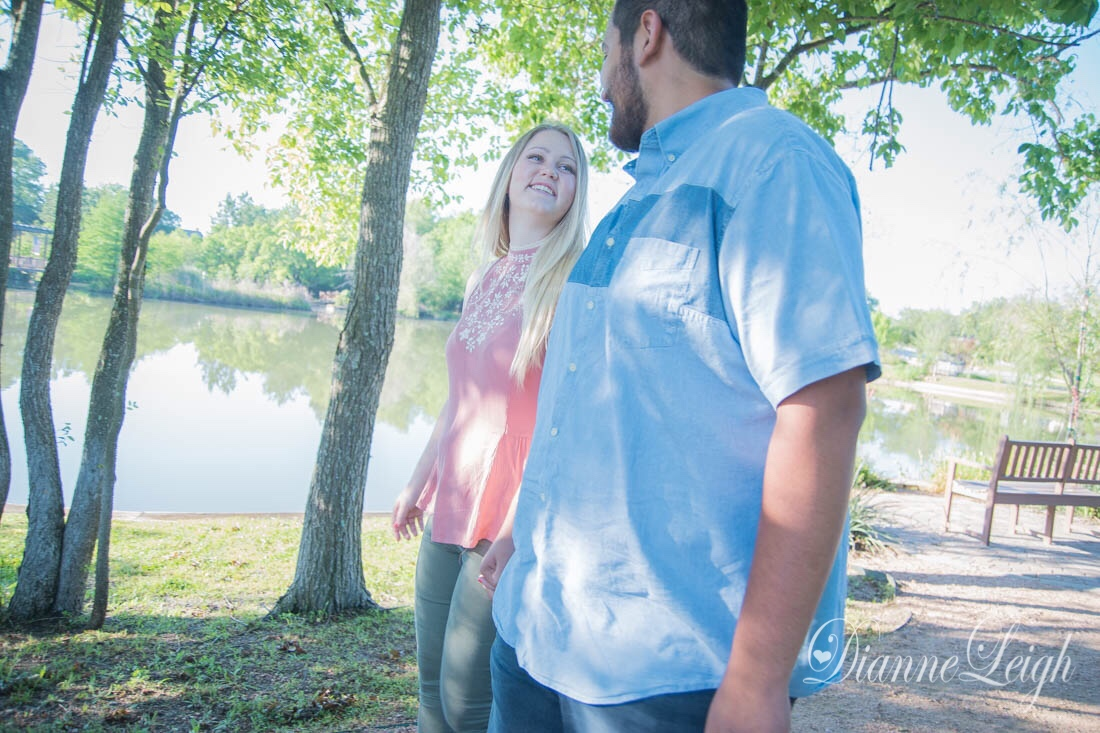 Fernland Park, Montgomery, Texas Engagement   Holly + Luis