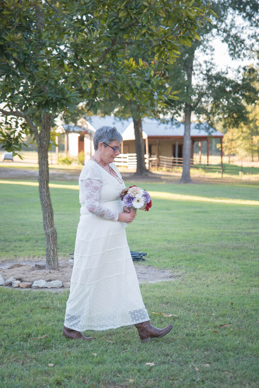 sweet texas country vow renewal ceremony